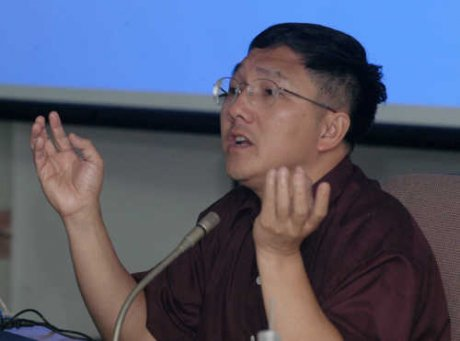 Thongchai Winichakul On the crisis of Democracy