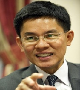 Academic for hire Panitarn, servant of the military and Abhisit regimes