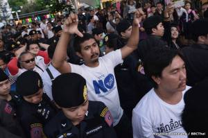 Thai junta arrests people opposed to its constitution (photos from BBC)